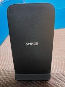 スマホ(Galaxy S9)の充電はANKERのワイヤレス充電器(急速)で! 1
